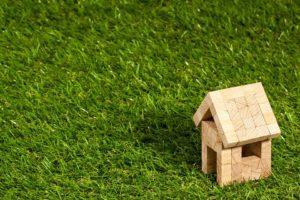 Czy komornik może wejść do domu nie będącego własnością dłużnika?